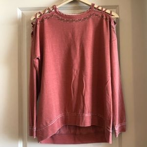 Rose long sleeve with shoulder detail